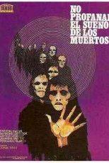 دانلود زیرنویس فیلم Let Sleeping Corpses Lie 1974